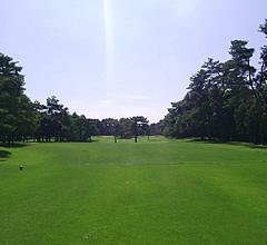 江戸崎カントリー倶楽部 お客様とゴルフ